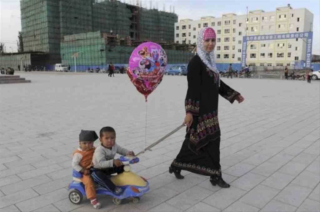 Doğu Türkistan'ı görmek